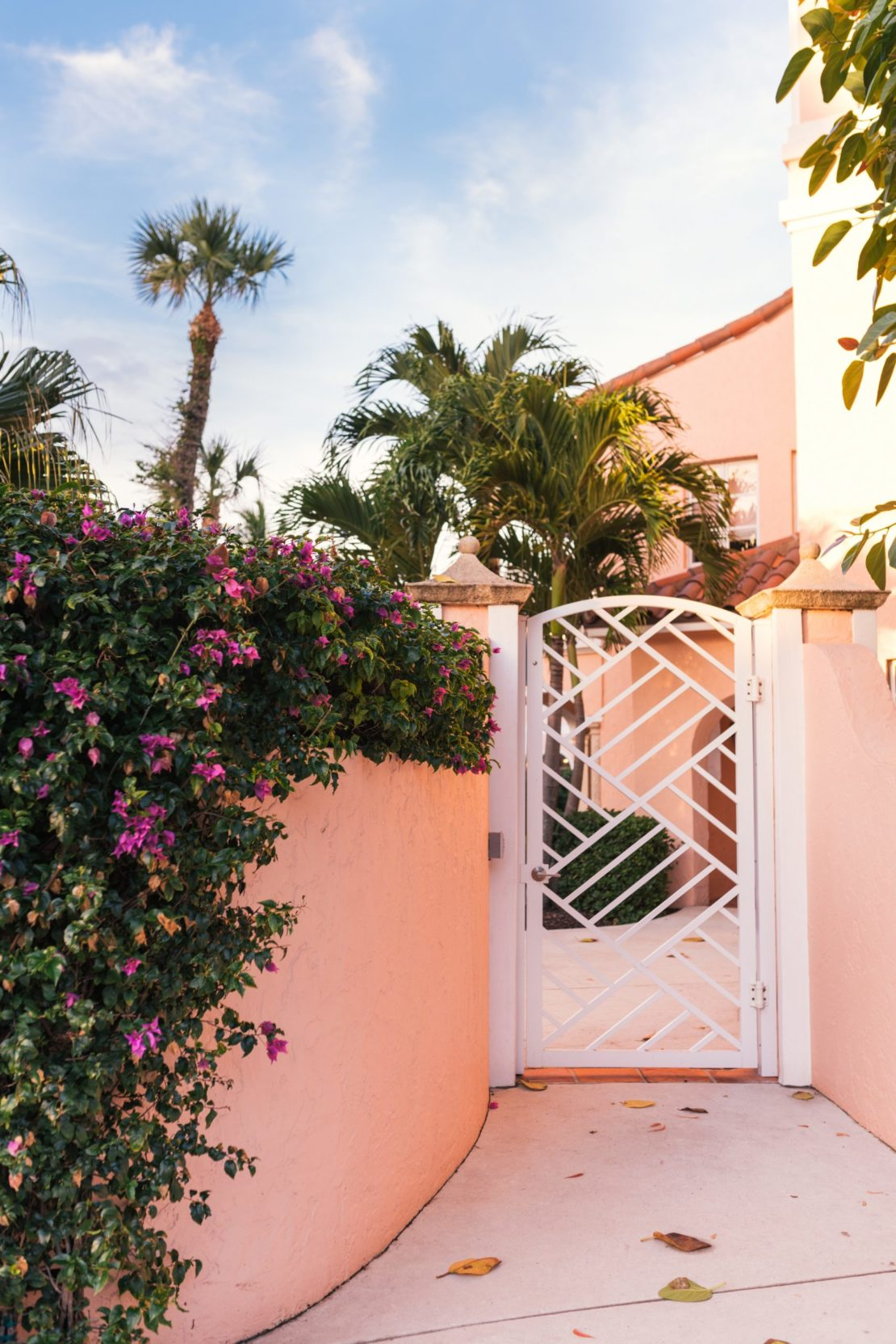 32 Beach Style Garden Ideas 28