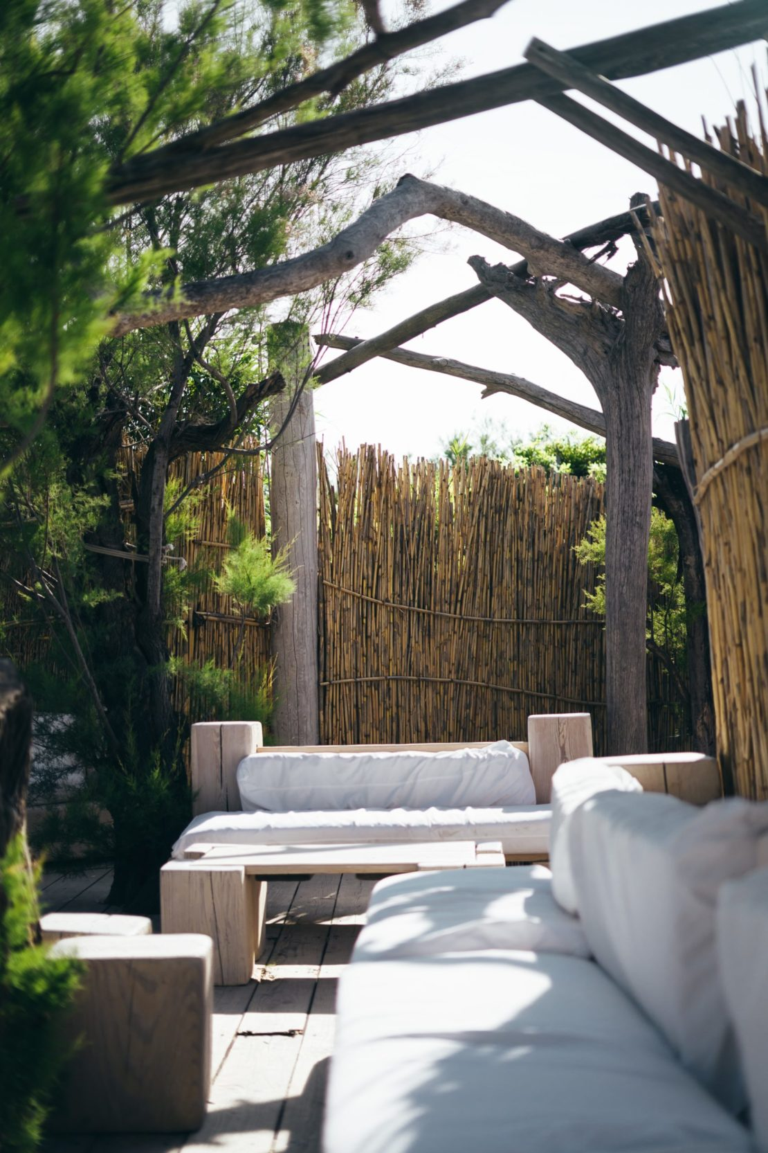 32 Beach Style Garden Ideas 4