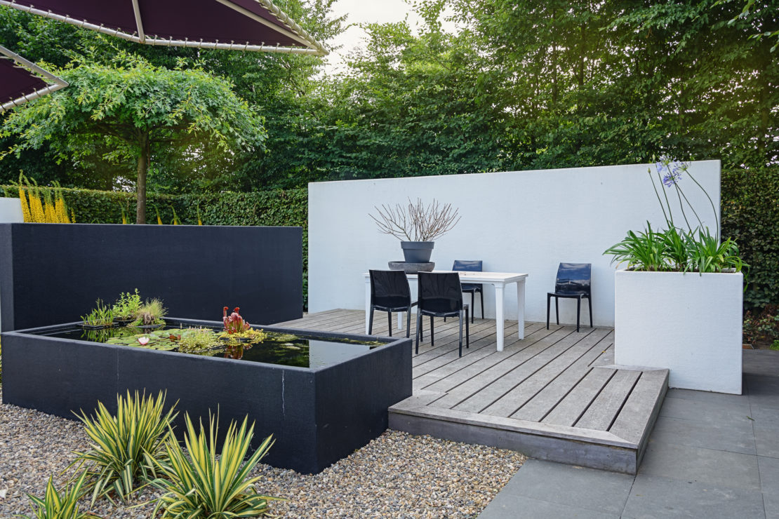 Take it Easy With Our Fun, Low-Maintenance Garden Ideas 14