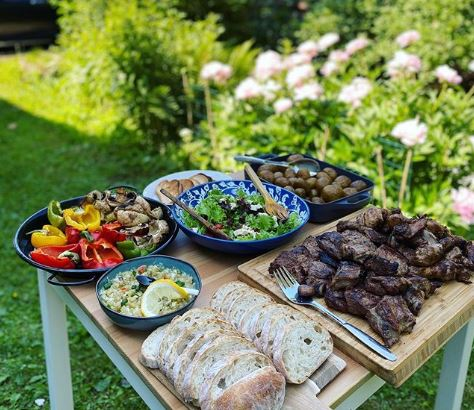 Kick Your Cooking Up a Notch: 10 Garden BBQ Area Ideas 1
