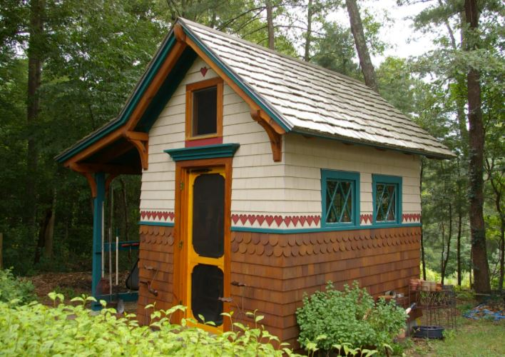alpine style garden shed ideas with contrast paintwork