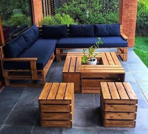 Modern DIY patio furniture made from pallets