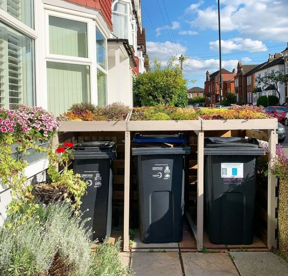 green roof ideas used on front garden bin storage