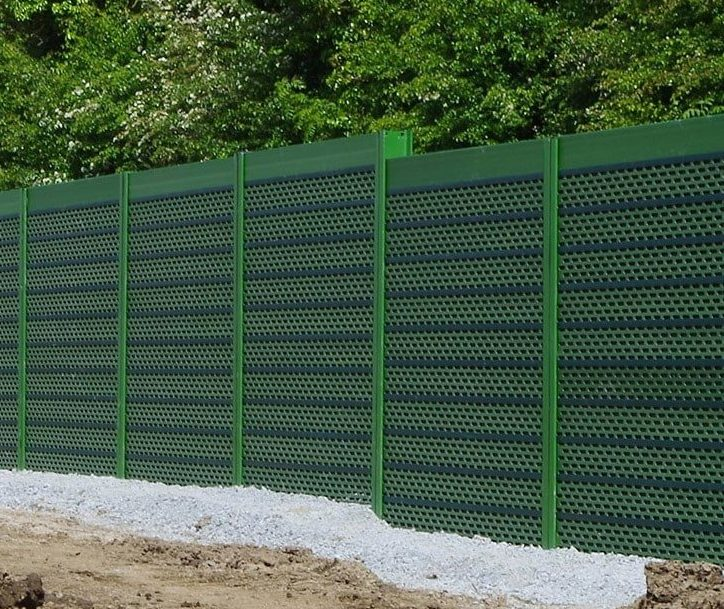 Acoustic fencing will reduce traffic noise in your garden