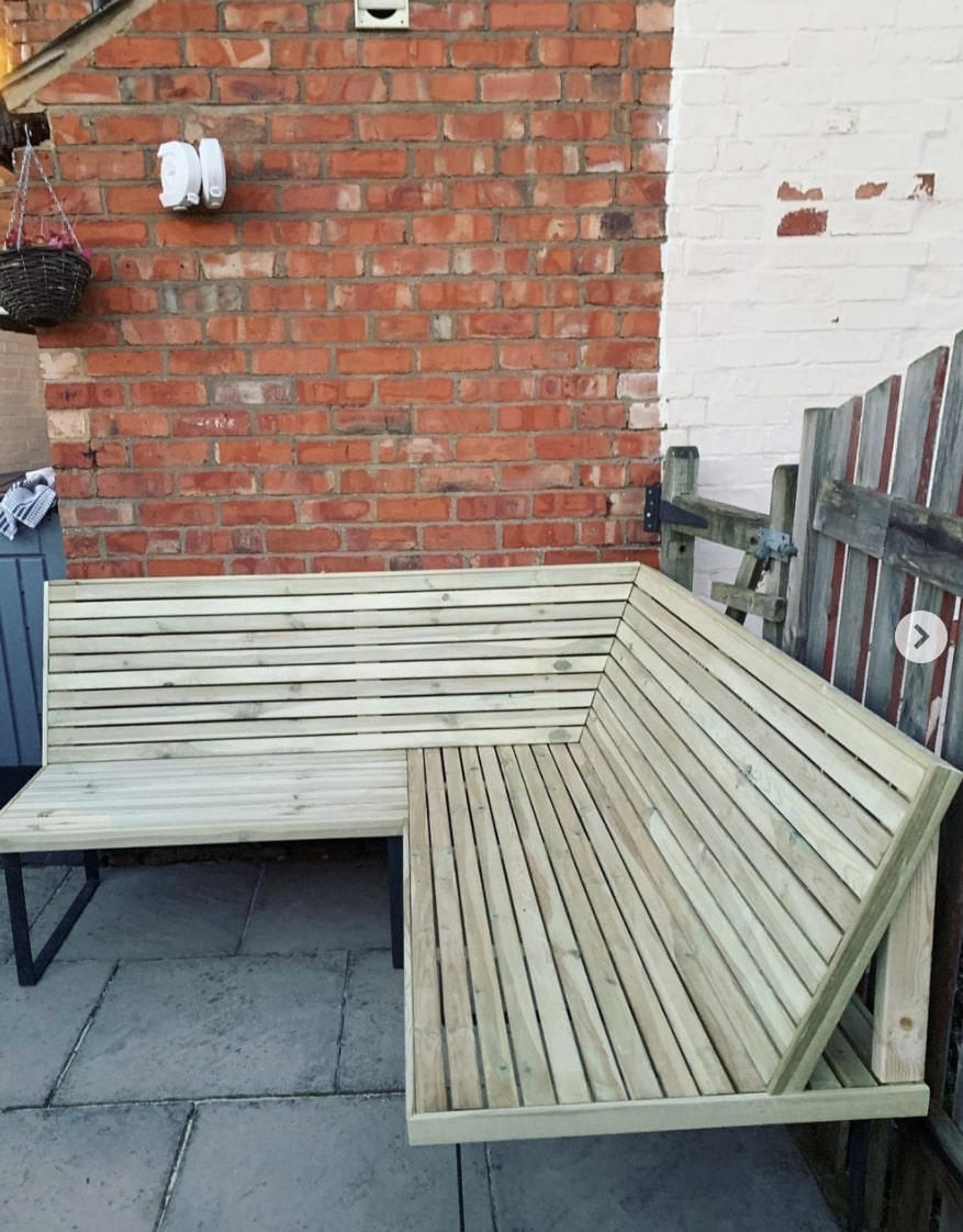 DIY fence panel sofa