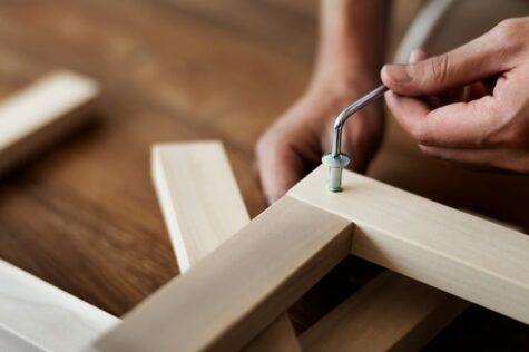 assemble rattan garden furniture