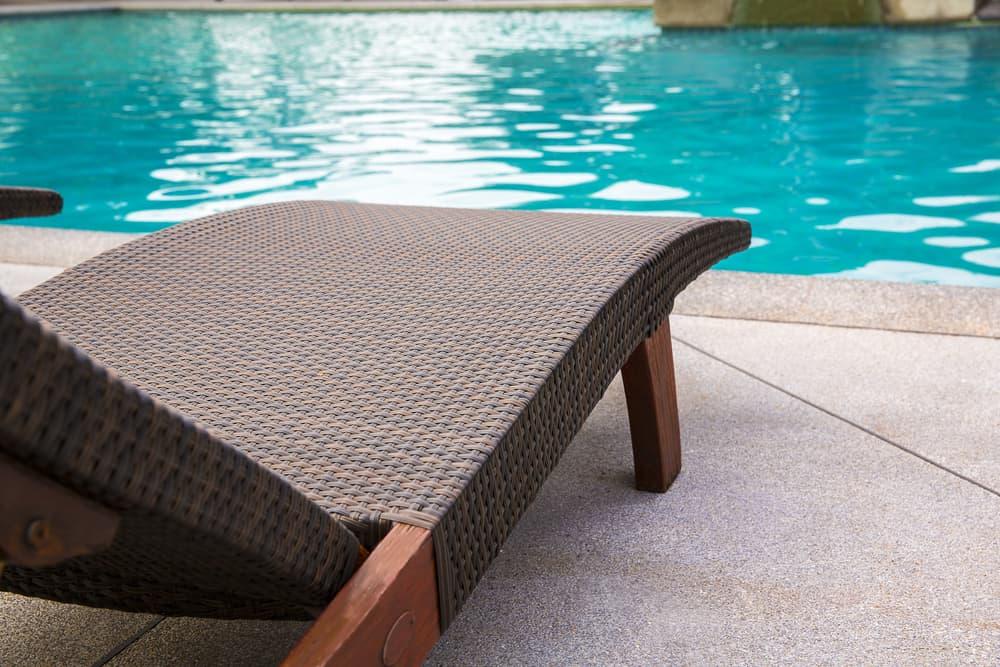 beach sun lounge chair