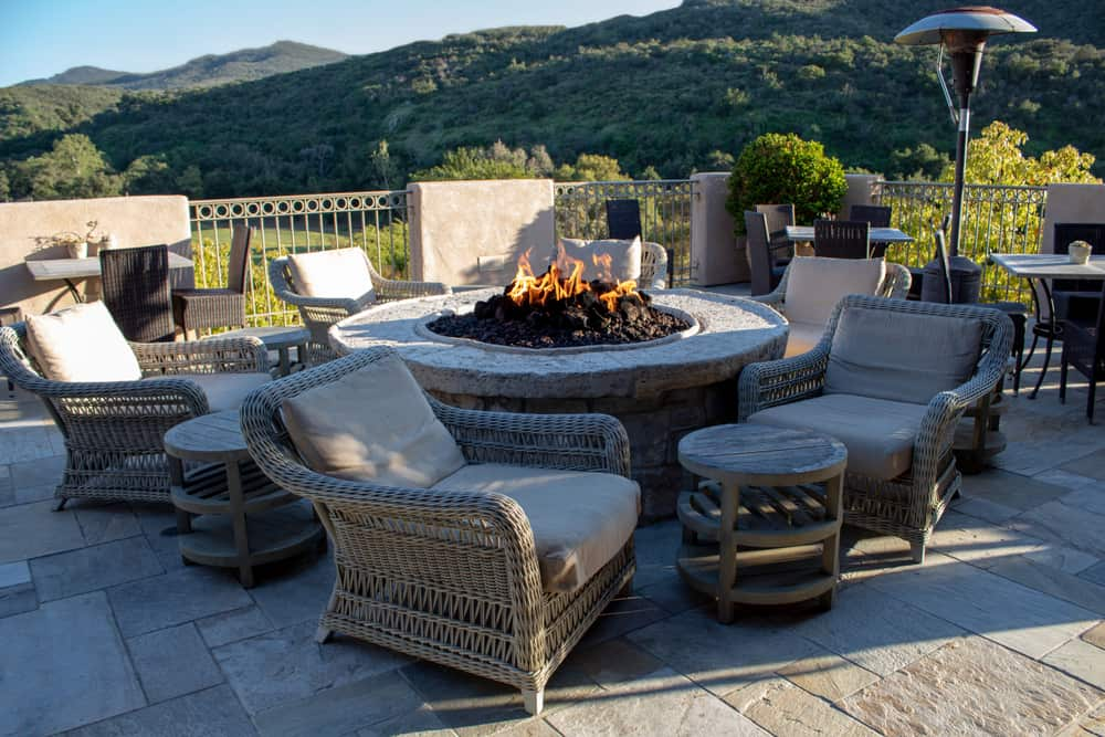 freestanding garden furniture for fire pits