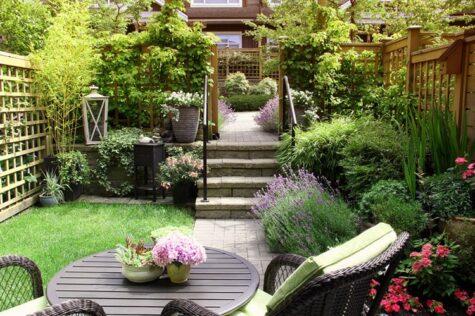 garden furniture for small garden