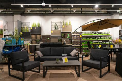 When Are Garden Furniture Sales? 1