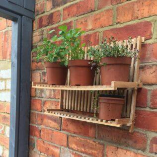 8 Effortless Herb Planter Box Ideas 2