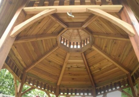 How to Build an Octagonal Gazebo Roof 2