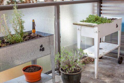 how to make a galvanized planter box