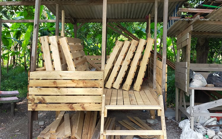 how to make a gazebo from pallets