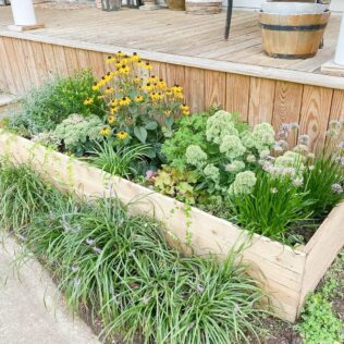 How To Build A Planter Box For A Deck 2