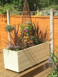 How To Build A Planter Box For A Deck 3
