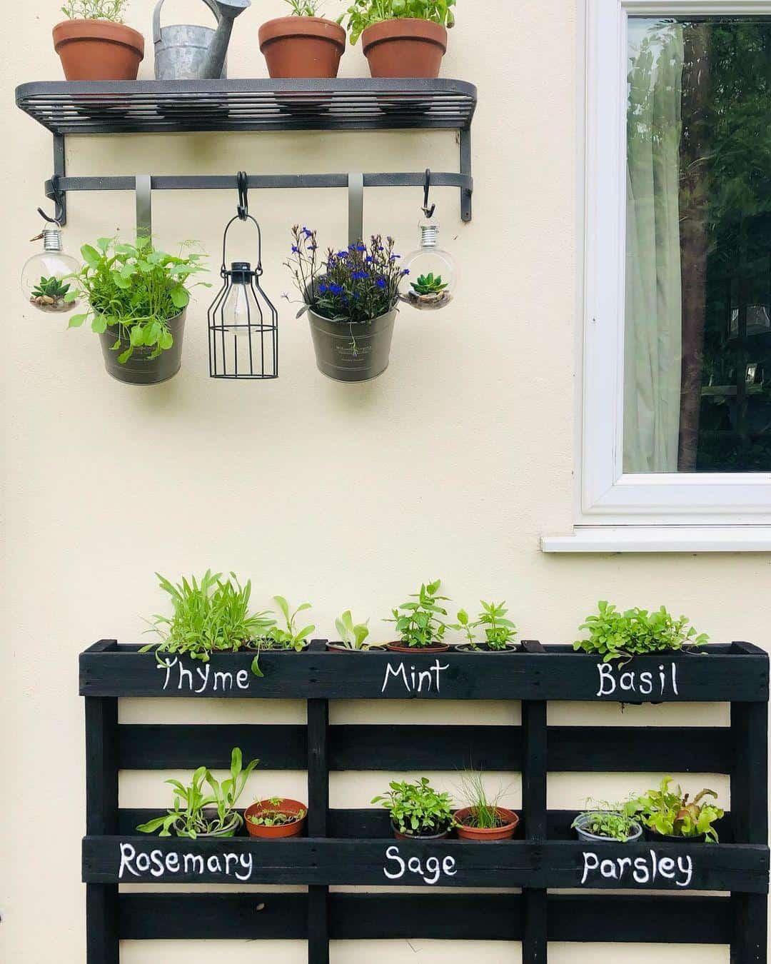 Pallet herb planter box